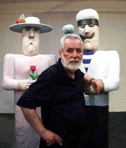 Vasko Lipovac and sculpture